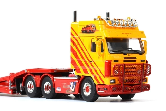 1:50 Scania 3 6x2 Trucktransporter WSI 07-1023