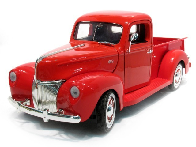 1:18 Ford Pickup 1940 rot