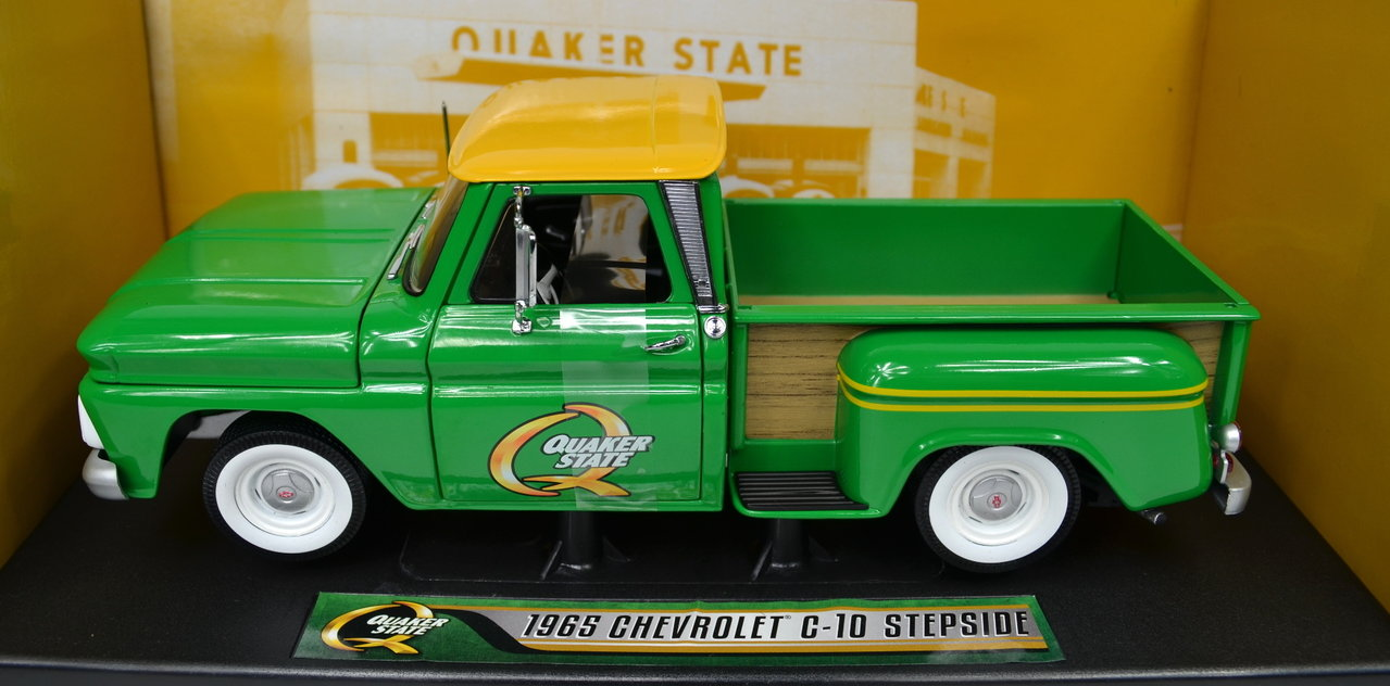 1:18 Chevrolet C-10 sidestep Pickup 1965 The Quaker State